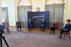 Nazwiska laureatów ogłosili przewodniczący Kapituł Norwidowskich /fot. Justyna Michniewicz/IMG_4471