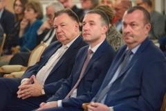 24. Od prawej: Wicemarszałek Wiesław Raboszuk, Przewodniczący Sejmiku Ludwik Rakowski, Marszałek Adam Struzik
