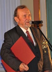 Ernest Bryll laureat w kategorii literatura2009