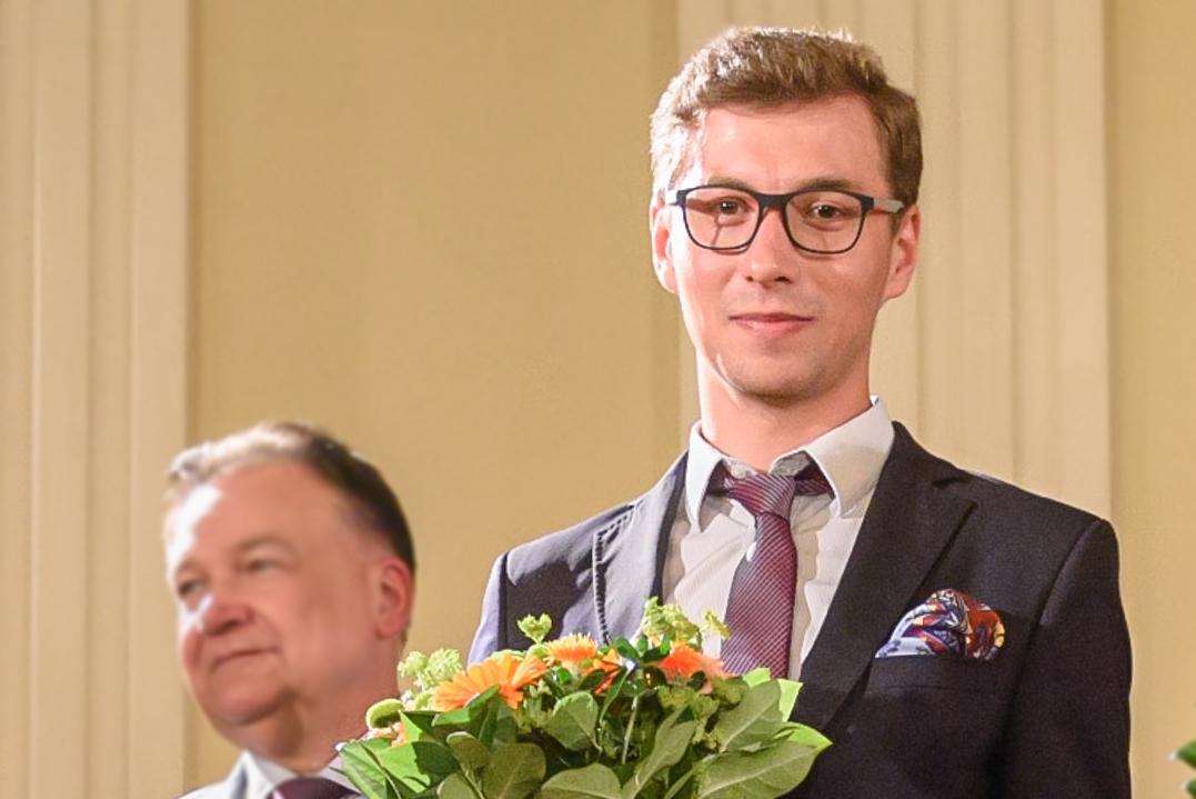 Krzysztof Ćwiertniewski nominowany plastyka Norwid 2019